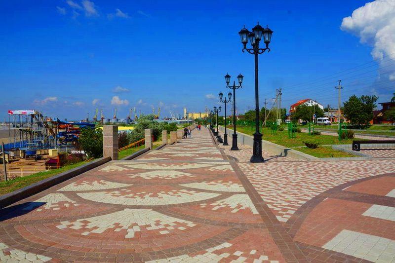Приморская набережная в Ейске – главная достопримечательность города, описание, фотографии, адрес, как проехать, отзывы туристов.