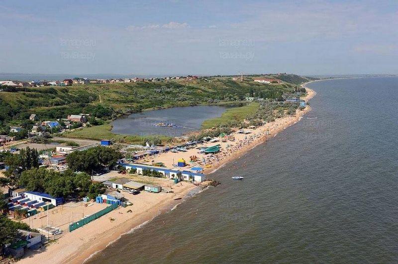 Пляжи станицы Голубицкой