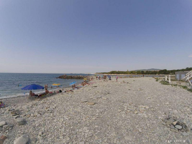 Пляж с интересным названием – «Торик» в курортном Геленджике – оптимальный маршрут, цены на питание, информация, частые вопросы.