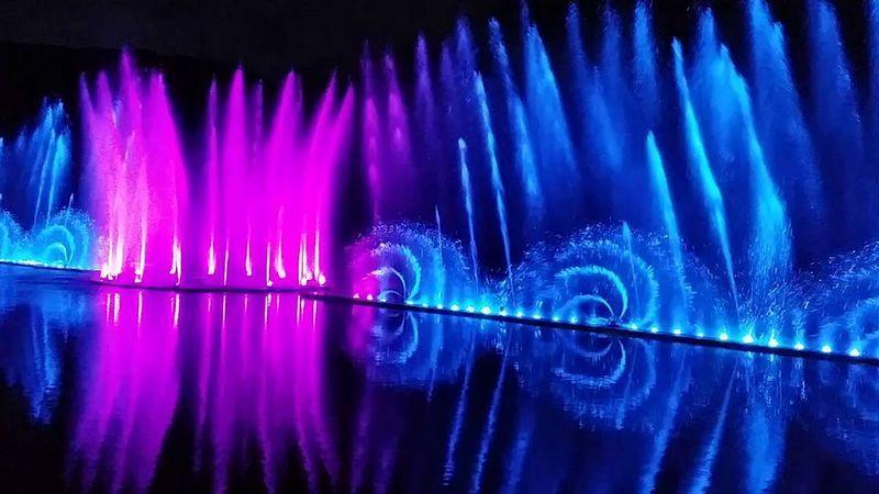 Поющие фонтаны в Абрау-Дюрсо телефон как проехать адрес описание реальные отзывы.