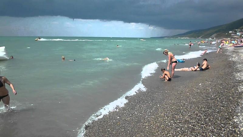 Пляж Дельфин в Лазаревском подробное описание, адрес, как проехать, отзывы туристов, история пляжа.