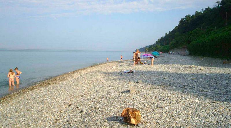 Нудистский пляж на территории поселка Лоо на курортный сезон 2021 года