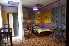 09 Гостевой дом «Дионис» п. Пляхо ул. Яблоневый сад д. 15 (Однокомнатный номер класса «Бизнес» с отдельной кухней)