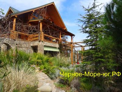 Гостевой дом «Добрыня». Партенит, ул. Васильченко, 8а
