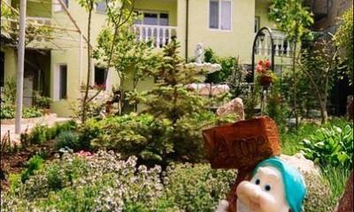 Гостевой дом «Зелёный дворик». Севастополь, ул. Симонок, 81/39