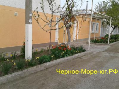 Гостевой дом «Лиза» по пер. Шевченко, 3 в Феодосии