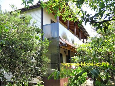 Гостевой дом в Адлере по улице Прибрежная 1