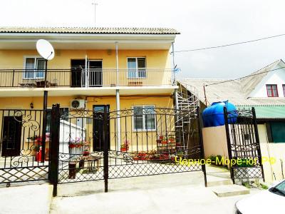 Гостевой дом «Маринка» в Адлере, ул. Православная, 50