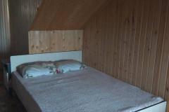 09 Гостевой дом «Натали» в поселке Аше ул. Юности д. 3 («Трёхместный номер с удобствами»)