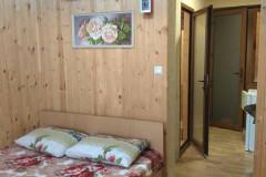 05 Гостевой дом «Натали» в поселке Аше ул. Юности д. 3 («Двухместный номер с удобствами, кухня в номере»)
