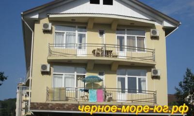 Гостевой дом по ул. Просвещения, 115 в Адлере
