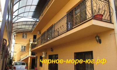 Гостевой дом «Светлана» в Адлере по ул. Свердлова, 34а