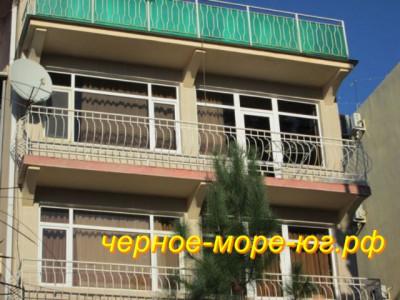 Частный сектор в Адлере по ул. Цветочная, 17