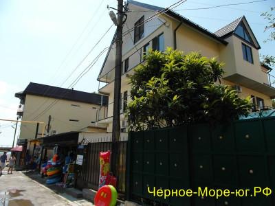 Гостевой дом «ДиА» по ул. Лазарева, 168/1 в Лазаревском