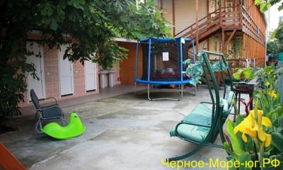 Частный сектор по ул. Павлова, 37 в Лазаревском