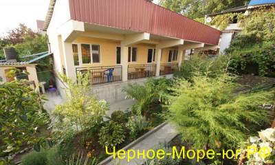 Гостевой дом «У Богдана» в Якорной щели по ул. Главная, 83