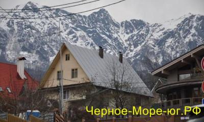 Гостевой дом в Красной Поляне «Море снега» по ул. Заповедная, 55