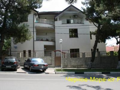 Гостиница «Марина». Геленджик, ул. Морская, 20 а