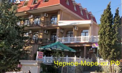 Мини-гостиница «Южная ночь» по ул. Багликова, 8а в Алуште
