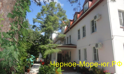 Гостевой дом «Императрица». Джанхот, ул. Черноморская, 2