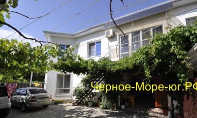 Гостевой дом «Колибри». Дивноморское, ул. Короленко, 1б