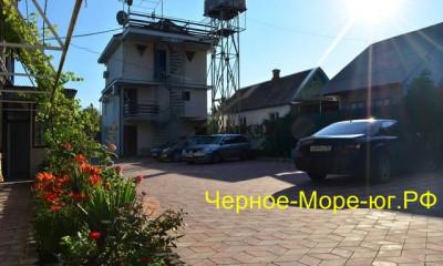 Гостевой дом по ул. Мира, 42 в Кринице