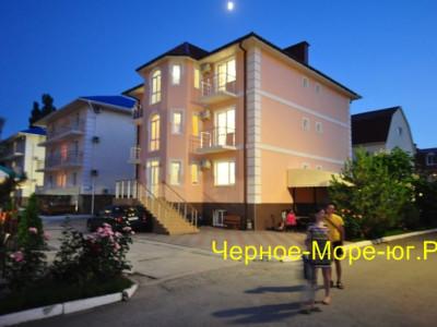 Гостевой дом «Ева» в Николаевке по ул. Чудесная, 2/50