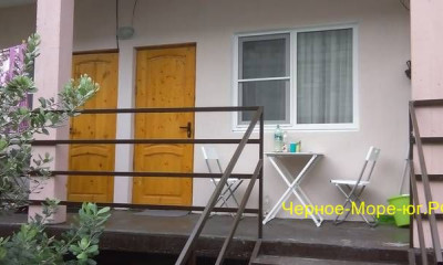 Гостевой дом «У Павла» по ул. Гочуа, 72 в Пицунде