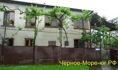 Абхазия частный сектор по ул. Нартаа, 129 в Гудауте