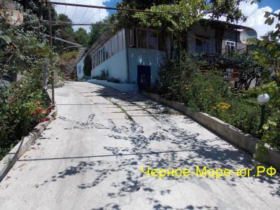 Пицунда гостевой дом в п. Рыбзавод по Речная, 11