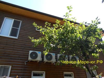 Гостевой дом «Пальма» по пер. Псырцха, 3 в Новом Афоне