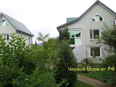 Гостевой дом «Сезон» в Ольгинке мкр. Школьный, 19