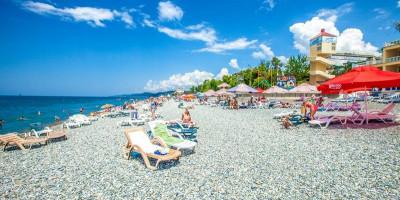 Описание Белого пляжа на территории поселка Лоо на лето 2020 года с отзывами туристов.