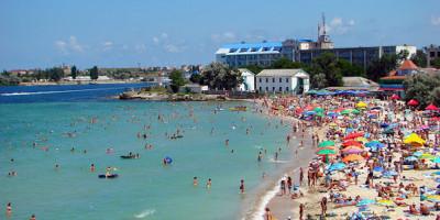 Центральный пляж поселка Черноморское на лето 2020 года - описание, фотографии, отзывы