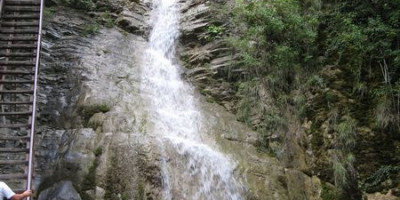Гебиусские водопады в поселке Архипо-Осиповка подробное описание, фотографии, цена билета, адрес, как проехать.