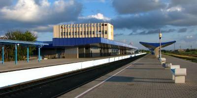 ЖД-вокзал города Анапы – описание, инфраструктура, как проехать, фотографии, телефон справочной.