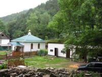 Космо-Дамиановский мужской монастырь в Алуште