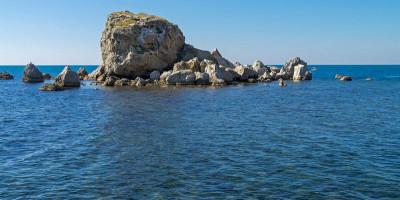 Пляж Крабий остров в городе Судак - лето 2021, отзывы, фотографии