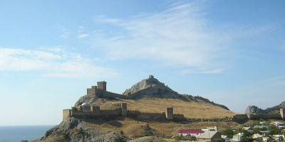 Генуэзская крепость в Судаке описание отзывы как проехать адрес телефон фотографии.