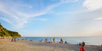 Лучшие пляжи поселка Ольгинка – описание, как проехать, адрес, объекты инфраструктуры, фотографии.
