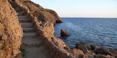 Описание пляжа Алчак в городе Судак - фотографии, отзывы, лето 2021