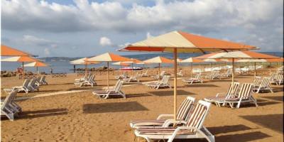 Пляж Алые Паруса Феодосия - описание, отзывы, фотографии на лето 2021