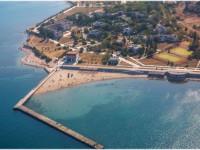 Пляж Бриз в районе Тонкого мыса для отдыхающих на курортный сезон 2021 года, отзывы, фотографии, как проехать.