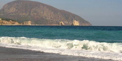 Фотографии пляжей в районе горы Аю-Дага в поселке Гурзуф курортный сезон 2021 года, отзывы, инфраструктура, маршрут
