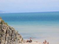 Пляжи в Бетте