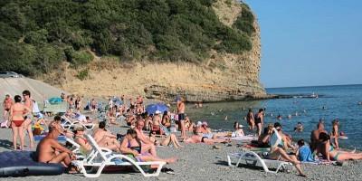 Самые лучшие пляжи Абрау-Дюрсо с описанием, фотографиями, отзывами туристов, как пройти, объекты инфраструктуры.