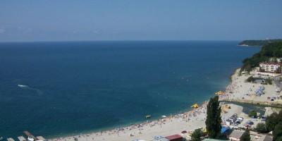 Пляжи Небуга — «Центральные» пляжи в Небуге