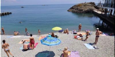 Описание пляжей поселка Утёс для туристов на лето 2020 года - недорогое жилье рядом, фотографии, отзывы