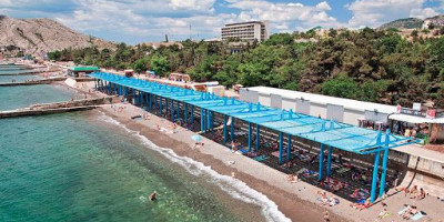 Пляжи санаториев Судака - ВВС, Звездный, Сокол на лето 2021 года - фотографии, отзывы.