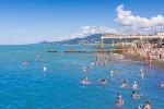 Подробное описание пляжа Коралл на территории курорта Адлер, фото, отзывы, как проехать, режим работы
